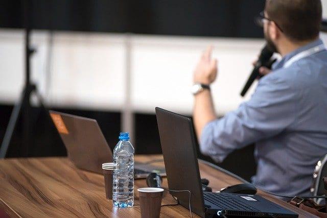 Transkription von Reden, Meetings und Vorträgen